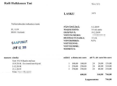 """Tämä 744 euron lasku liittyi VTV:n mukaan pääjohtajan """"hiusmuotoilu-, pukeutumis- ja muuhun visuaaliseen ilmeeseen liittyvään valmennukseen""""."""