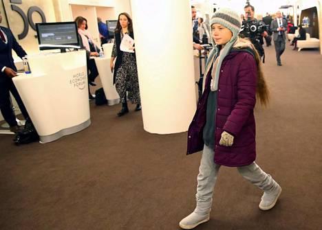 Ilmastoaktivisti Greta Thunberg saapuu Davosin talousfoorumiin.
