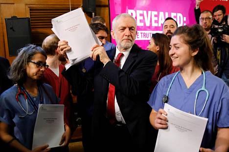 Työväenpuolueen Jeremy Corbyn panosti kampanjassaan lupauksiin terveydenhuoltojärjestelmään suunnattavasta panostuksesta ja lisärahoituksesta.
