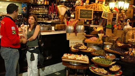 Näin syöt Italiassa kuin aito paikallinen – 10 tärkeää ruokasääntöä