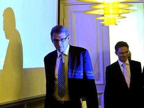 Pääministeri Matti Vanhanen ja valtiovarainministeri Jyrki Katainen kertoivat Solidium-järjestelyistä tiistaina.