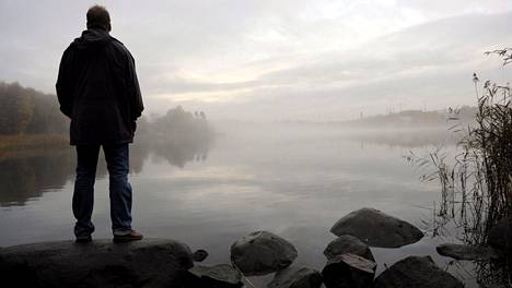 Yksinäisyys on yleinen ongelma. Kuvituskuva.