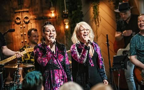 Nylon Beat -duo nähdään pitkästä aikaa yhdessä lavalla Vain elämää -ohjelmassa.