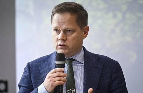 Kansanedustaja Markus Lohen (kesk) mukaan sote-palveluista, pelastustoimesta ja ensihoidosta vastaava maakunta täyttää keskustan vaatimuksen monialaisesta maakunnasta.