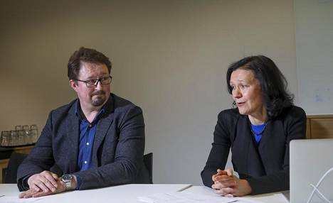 THL:n terveysturvallisuus-osaston johtaja Mika Salminen ja kansanterveysratkaisut-osaston johtaja Terhi Kilpi pitävät lääkäreiden väitteitä GSK:n rokotteella tehtävän tutkimuksen suojelemisesta perusteettomina.