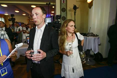 Jussi ja Hilla Halla-aho vuoden 2014 eurovaaleissa perussuomalaisten vaalivalvojaisissa ravintola Ostrobotniassa.