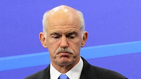 Kreikan pääministeri George Papandreou aikoo mittauttaa kannatuksensa tänään parlamentissa.