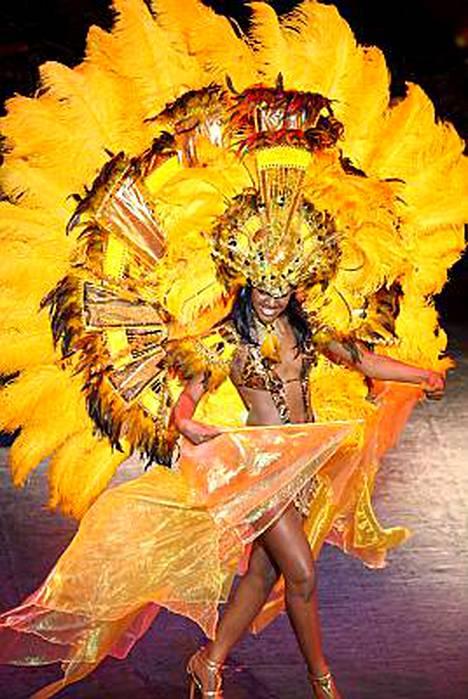 Miss Bahama Kiara Sherman räiskyy kuin aurinko.