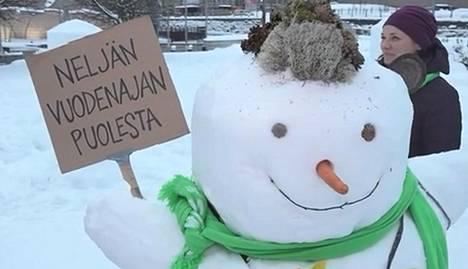 Kuva 10. Minkä puolueen lumiukko?