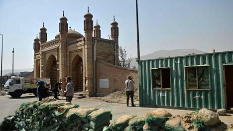 Moskeijaan tehdyssä iskussa kuoli ainakin 41 ihmistä