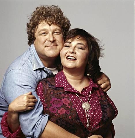 Vuonna 1989 Roseanne oli uransa huipulla. Sarjassa hänen puolisoaan näytteli John Goodman.