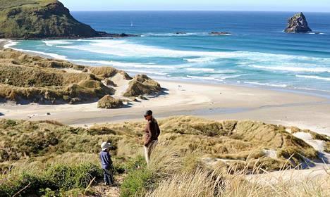 Uuden-Seelannin biitseillä saa olla omissa oloissaan.