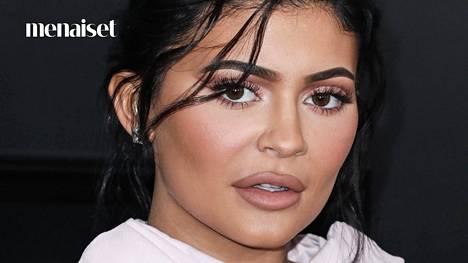 Kylie Jenner on tunnettu täytetyistä huulistaan.