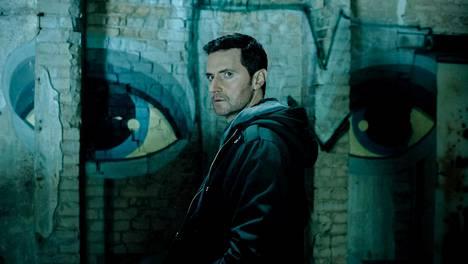 Uudessa amerikkalaisessa vakoilujännärissä CIA:n agentti Daniel Miller (Richard Armitage) saapuu sykkivään Berliiniin.