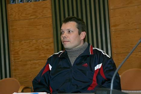 Jarmo Bjrörkvist käräjäoikeudessa Jämsässä 12.10.2006.