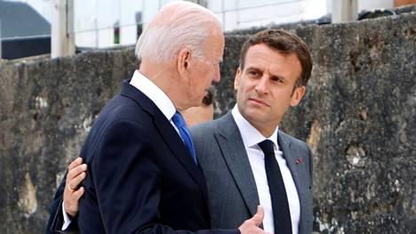 Yhdysvaltain ja Ranskan presidentit tapasivat kesäkuussa G7-kokouksessa Cornwallissa.
