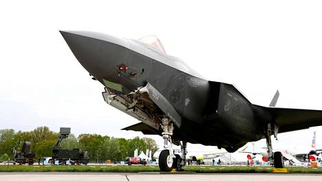 F-35 -kone kuvituskuvassa.
