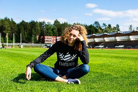 Ella Junnila valitsi nuoruudessaan yksilölajin joukkuelajin sijaan.