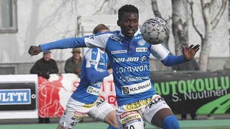 Rovaniemen Palloseuran runkopelaajiin tällä kaudella kuulunut David Addy jättää Veikkausliigan.