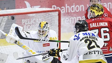 HIFK ja Lukko jatkoon, Ilves ja Kärpät kesälomalle? Pelicans ja TPS pelaavat jo kolmatta erää – IS seuraa SM-liigan puolivälieriä