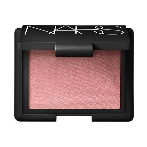 Nars Cosmetics Blush, sävy Orgasm, 32,45 €, mm. Lookfantastic.fi.