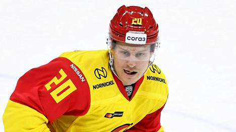 Eeli Tolvanen vei Jokerit johtoon ottelussa Torpedo Nizhny Novgorodia vastaan.