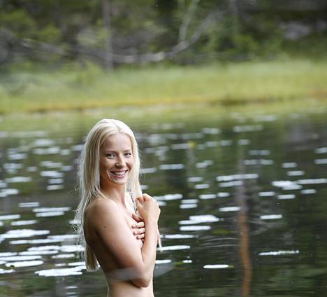 Taru työskentelee Tampereella mallina ja fysioterapeuttina. Syksyllä hän muuttaa Jyväskylään viimeistelemään terveystieteiden maisteriopintojaan.