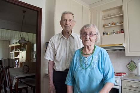 Oma koti on ollut kullan kallis turvapaikka korona-aikana, vaikka Annin mukaan Pirttikylässä ei ole ollut yhtäkään koronatapausta. - Muutettiin tähän silloin kun oltiin vielä nuoria, vuonna 1984, sanoo Anni.