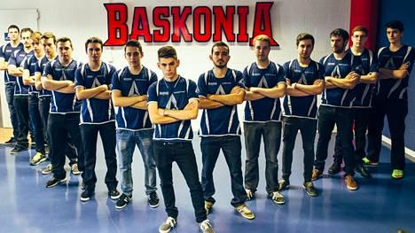 Saski Baskonian nimeä virtuaalisilla pelikentillä edustaa 15 pelaajaa.
