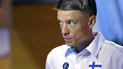 Jukka Keskisalo valmistautuu MM-kisoihin.