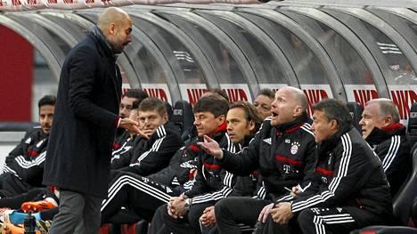 FC Bayern München meni cupin välieriin.