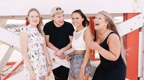 Au pairit Miamissa -ohjelmassa seurattiin Neean, Joonan, Janen ja Matleenan arkea.