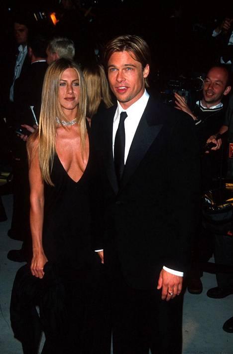 Pariskunta oli Hollywoodin kuvatuimpia pareja. Kuvassa pari vuonna 1998.