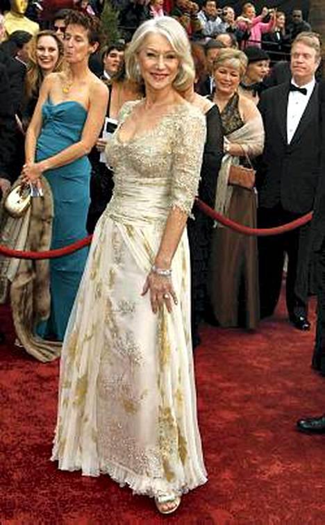 Mirren keikisteli ilman alushousuja Oscar-gaalassa.