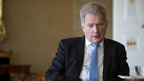 Suomen ja suomalaisten taloudelle on etsitty pelastusta siitä, että valtio ottaisi kaikki koronasta tulevat kulut maksettavakseen. Sauli Niinistö ei lämpene ajatukselle.