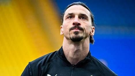 Zlatan Ibrahimovic joutuu vielä odottelemaan koronarokotetta.