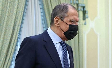 """Venäjä ulkoministeri Sergei Lavrov varoitti muita maita """"ruokkimasta Ukrainan sotaisia mielialoja""""."""