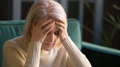 Alzheimerin tautia voidaan jonkin verran hidastaa lääkkeillä, mutta siihen ei ole parantavaa hoitoa.