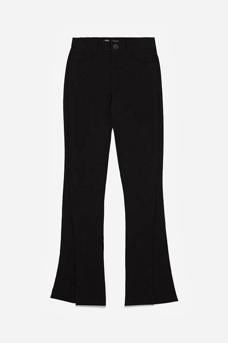 Nämä housut levenevät lahkeesta, 39,95 €, Zara.