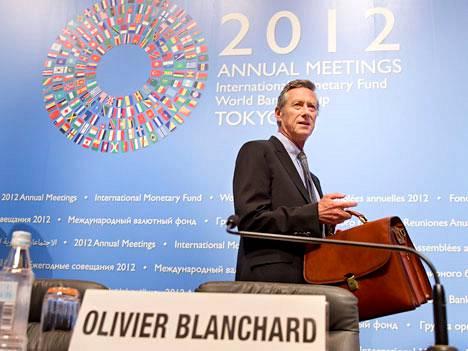 IMF:n pääekonomisti Olivier Blanchard keroo, että suurimmissa kehittyvissä talouksissa aiemmin vahvana pysynyt kasvu on hidastunut.