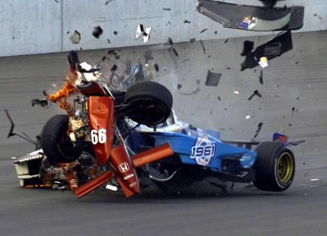 Alessandro Zanardi menetti jalkansa syksyllä 2001.