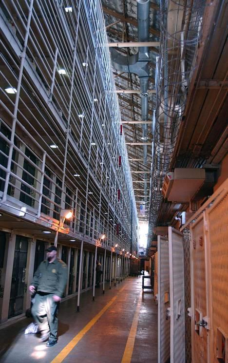Kalifornian San Quentinin vankilan itäsiivessä sijaitsevia kuolemansellejä vuonna 2004.