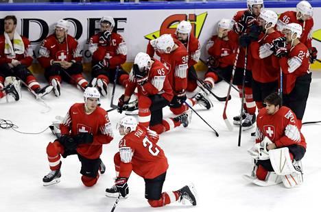 Sveitsi pääsi lähelle ensimmäistä MM-kultaansa. Se joutui kuitenkin tyytymään kitkerään hopeaan.