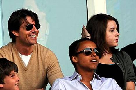 Isä ja poika: Tom Cruise ja Connor Cruise.