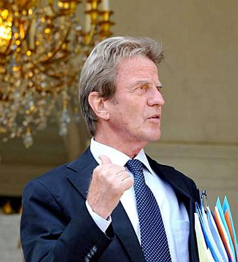 Ranskan ulkoministeri Bernard Kouchnerin mukaan EU harkitsee Venäjän vastaisia pakotteita.