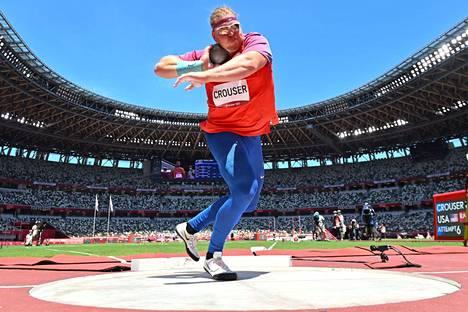 Ryan Crouser tositoimissa olympiafinaalissa.