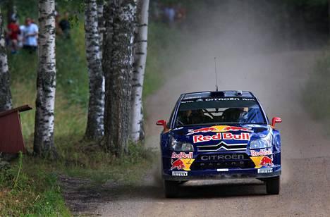 Kimi Räikkönen kilpaili aiemmin rallin MM-sarjassa Citroënilla. Kuva on vuoden 2010 Suomen MM-rallista.