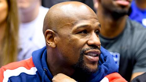 Floyd Mayweather on jo lopettanut nyrkkeilyuransa, joka toi hänelle miljardiansiot