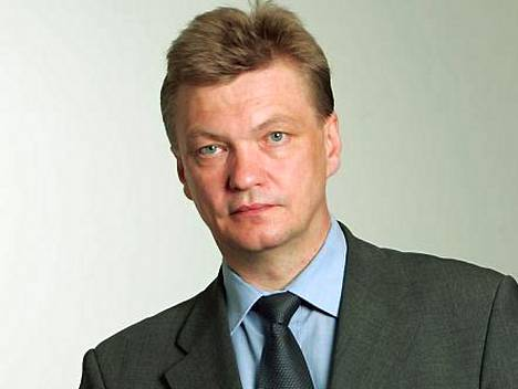 Heikki Tuuri.