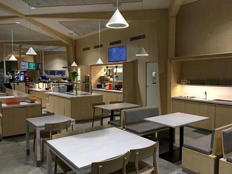 Tältä ravintolatilat näyttivät pimeänä maaliskuun talvi-iltana.